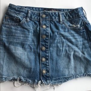 Hollister button skirt